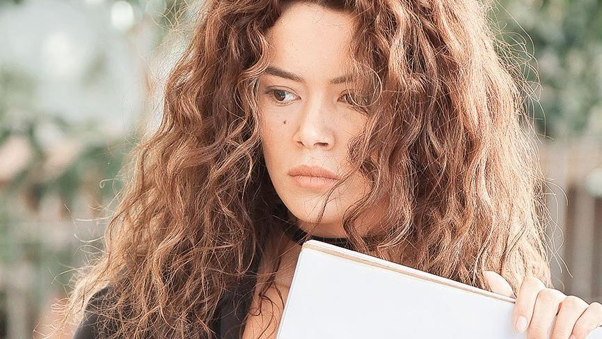 "Ширин от ""Една жена"" (Kadın) с нова роля"