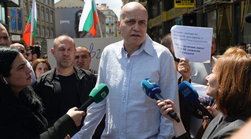 Слави Трифонов за приоритетите си: първо махаме ГЕРБ, после - мажоритарни избори