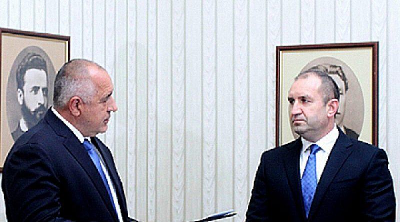 Президент или затворник - двата пътя на Борисов