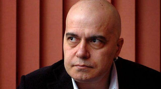 Слави пак заговори за здравето си и захапа Борисов и Дончева